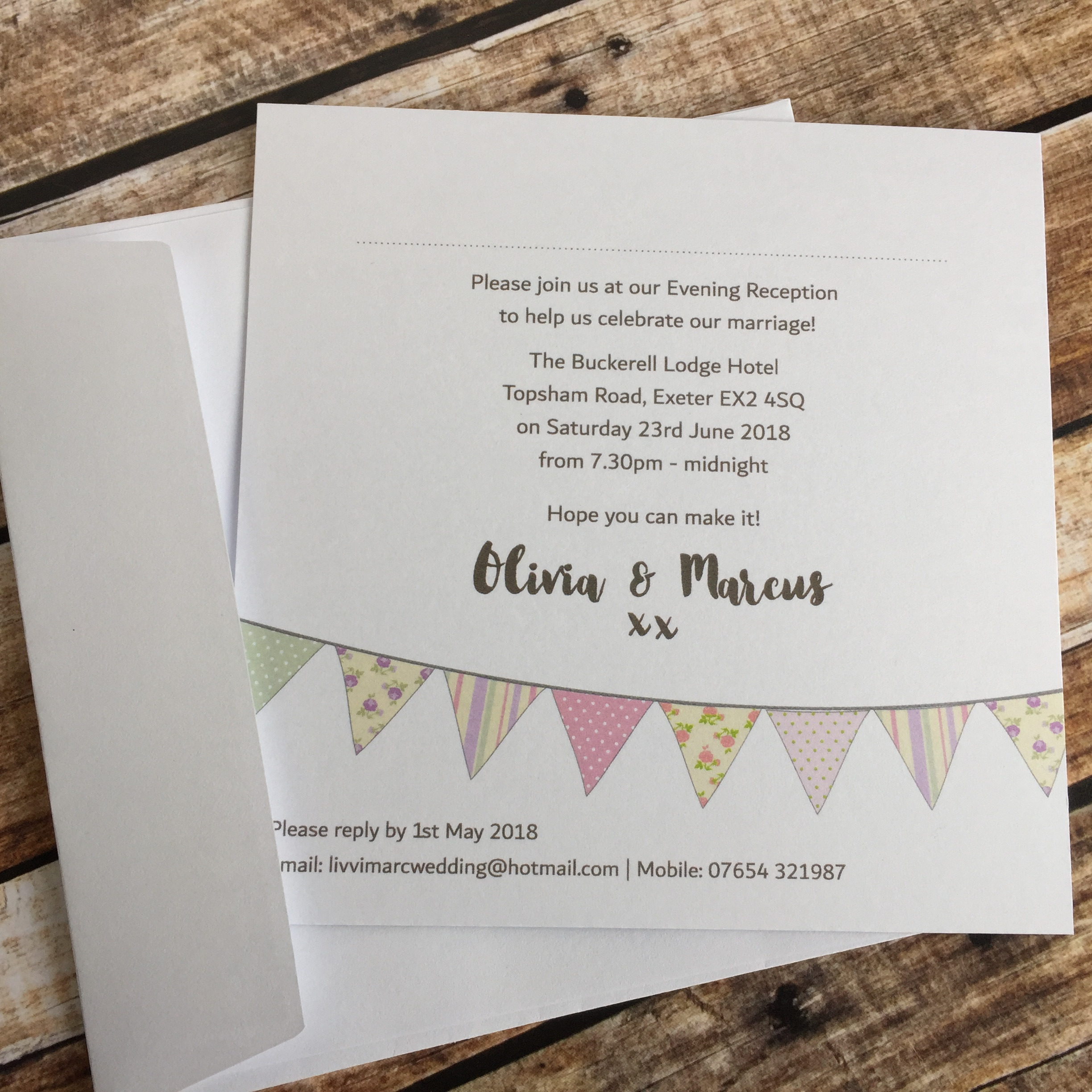 Bunting Evening Invitations – Dilly & Dilly